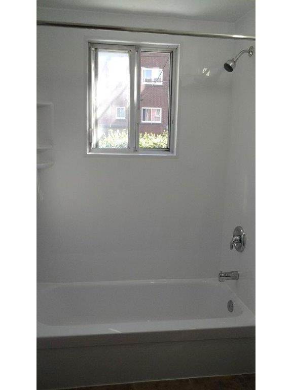 R novation salle de bain montr al laval blainville for Renovation salle de bain laval